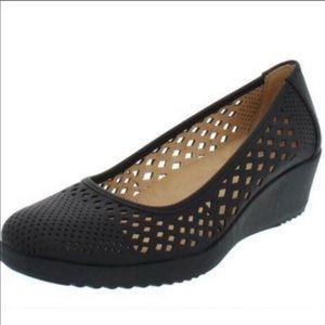 NATURALIZER Black Mesh Minimal NWOT Wedge Heels 10